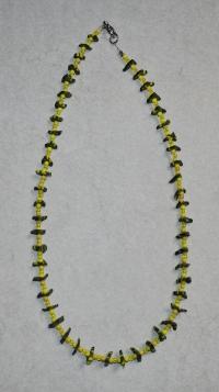 51cm / gelb-olivgrüne Halskette (handgefertigt)