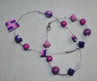 54cm / pink bis violette Halskette (handgefertigt)