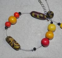 54+cm / gelb-orange-schwarz Halskette (handgefertigt)