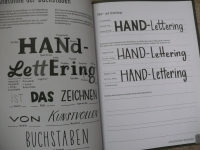 Hand Lettering Übungsbuch / Topp 2020