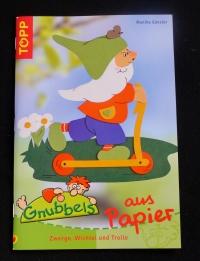 Gnubbels aus Papier / Monika Gänsler (Topp - 2004)