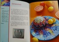 Farbenfrohes Mosaik / Ingrid Moras (Christophorus - 2006)